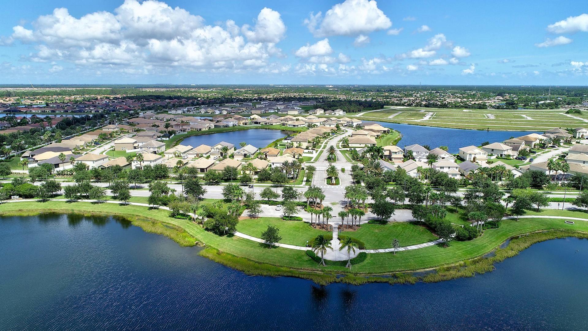 11519 Sw Lake Park Drive, Port Saint Lucie, FL 34987
