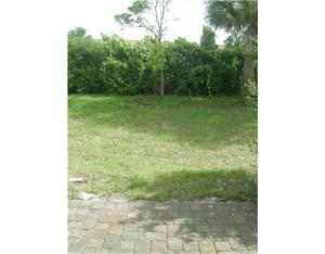 931 Pipers Cay Drive, West Palm Beach, FL 33415