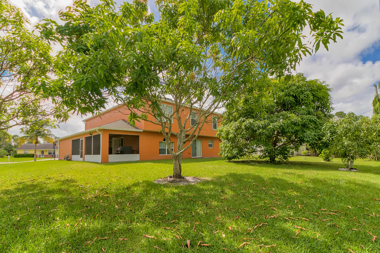 101 Sw Donna Terrace, Port Saint Lucie, FL 34984