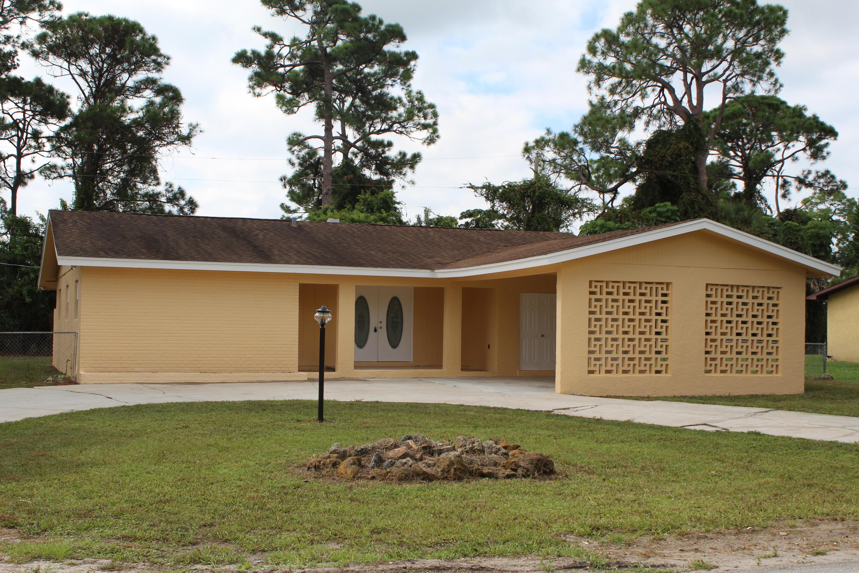 3303 Avenue S, Fort Pierce, FL 34947