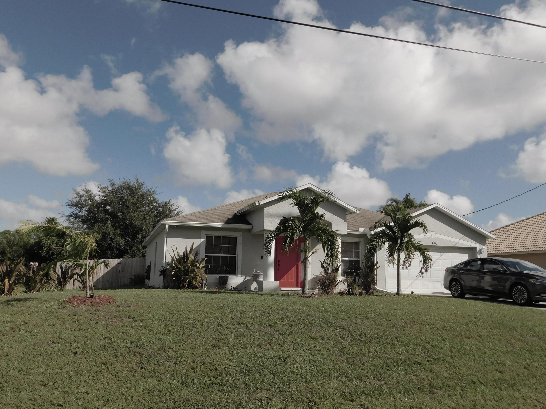 1481 Sw Edinburgh Drive, Port Saint Lucie, FL 34953