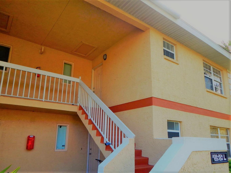 1546 Se Royal Green Circle, Port Saint Lucie, FL 34952