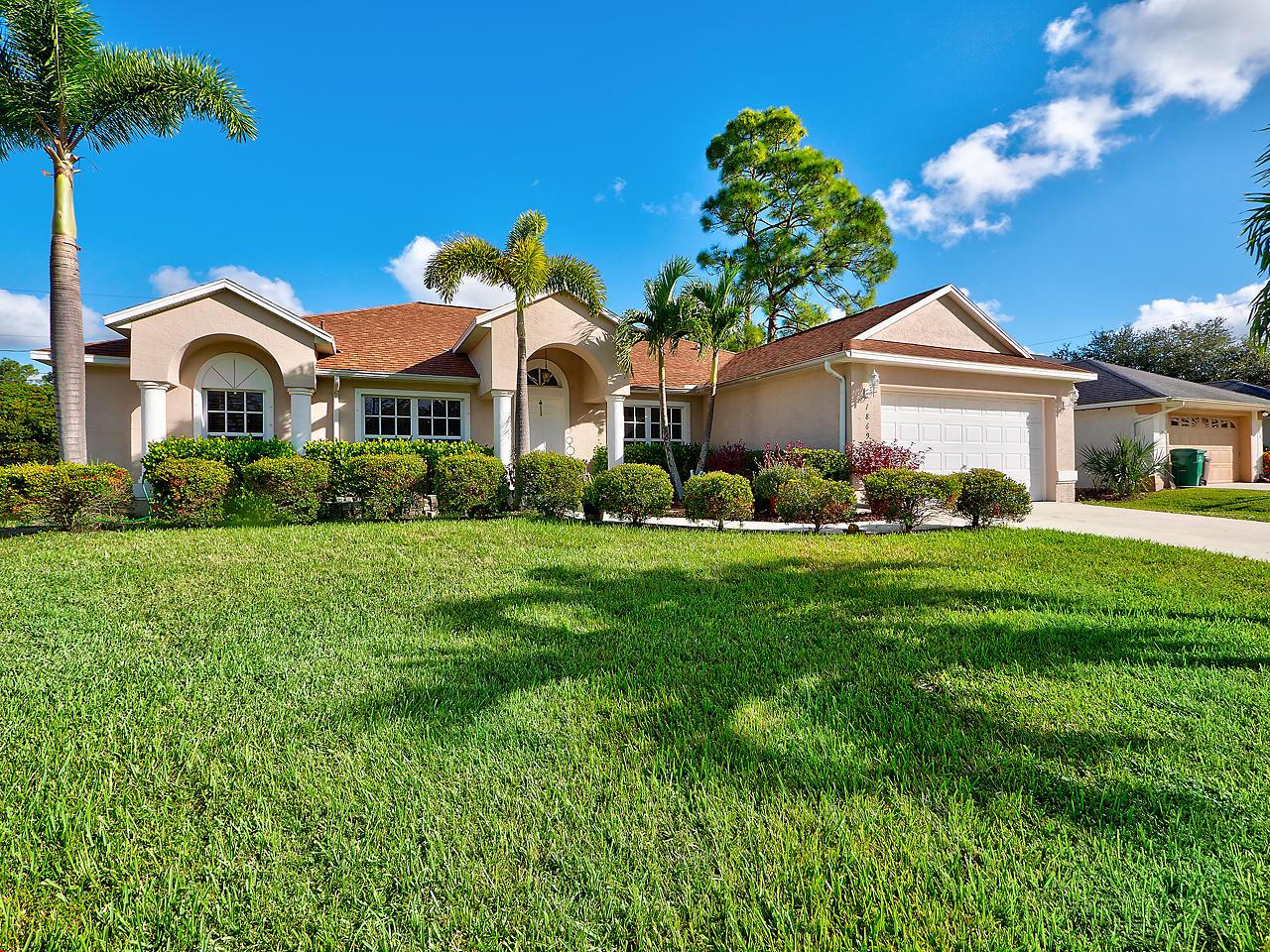 1869 Sw Janette Avenue, Port Saint Lucie, FL 34953