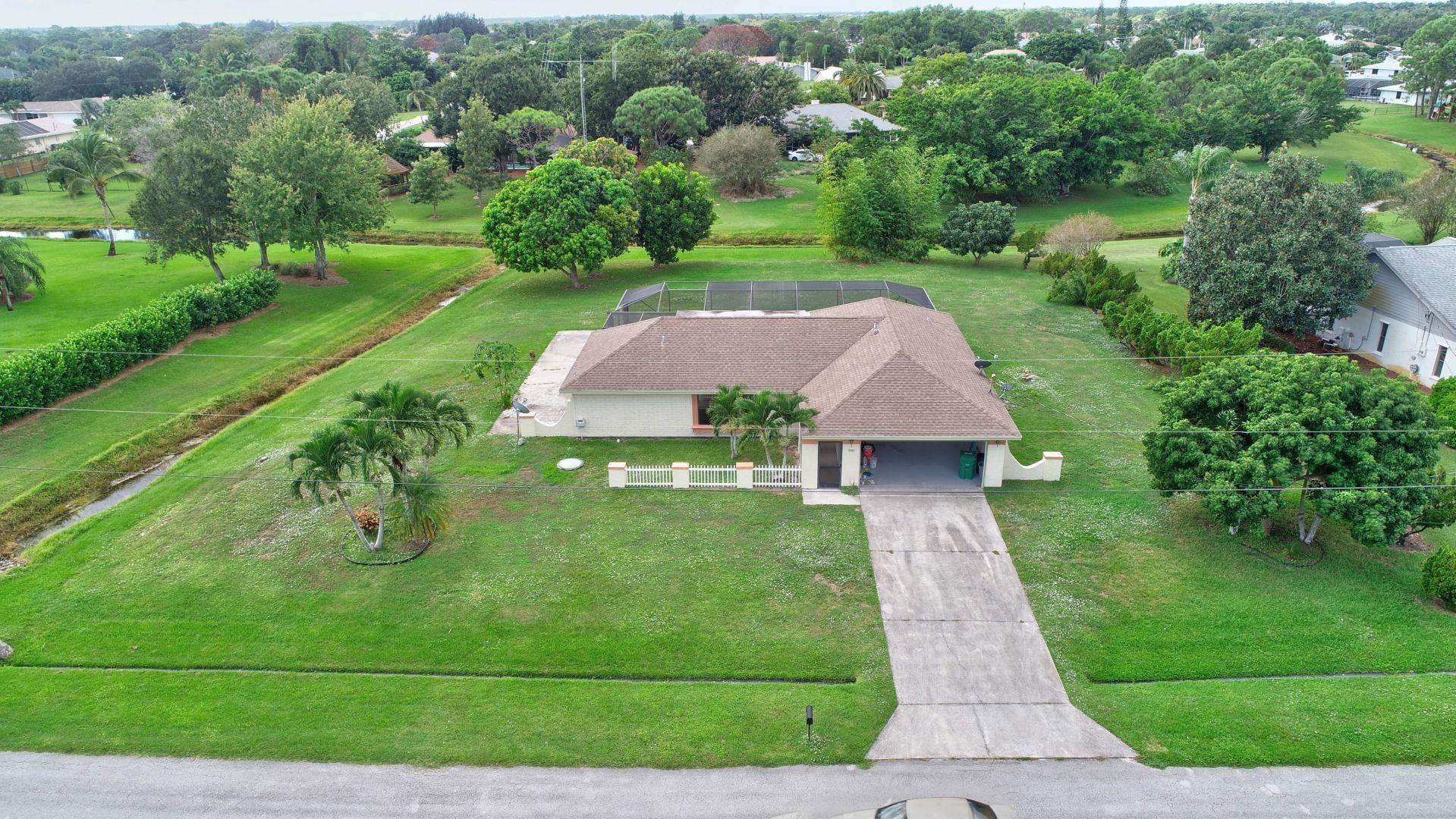 2102 Se Pyramid Road, Port Saint Lucie, FL 34952