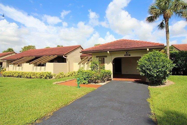 8409 Casa Del Lago 17, Boca Raton, FL 33433