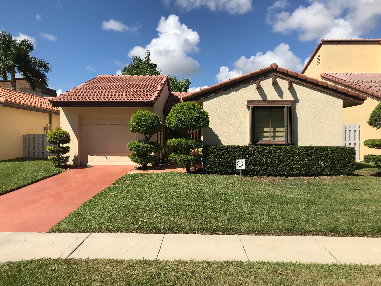 6353 Lantana Pines Drive, Lake Worth, FL 33462