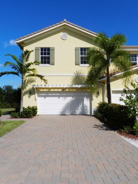 4850 Cadiz Circle, Palm Beach Gardens, FL 33418