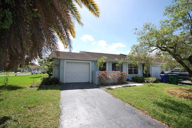 5576 Lakewood Circle, Margate, FL 33063