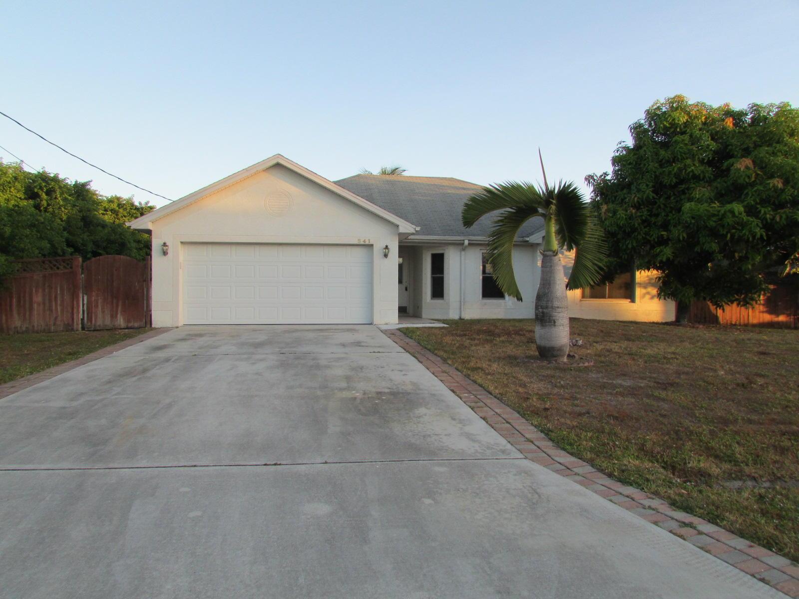541 Sw Lairo Avenue, Port Saint Lucie, FL 34953
