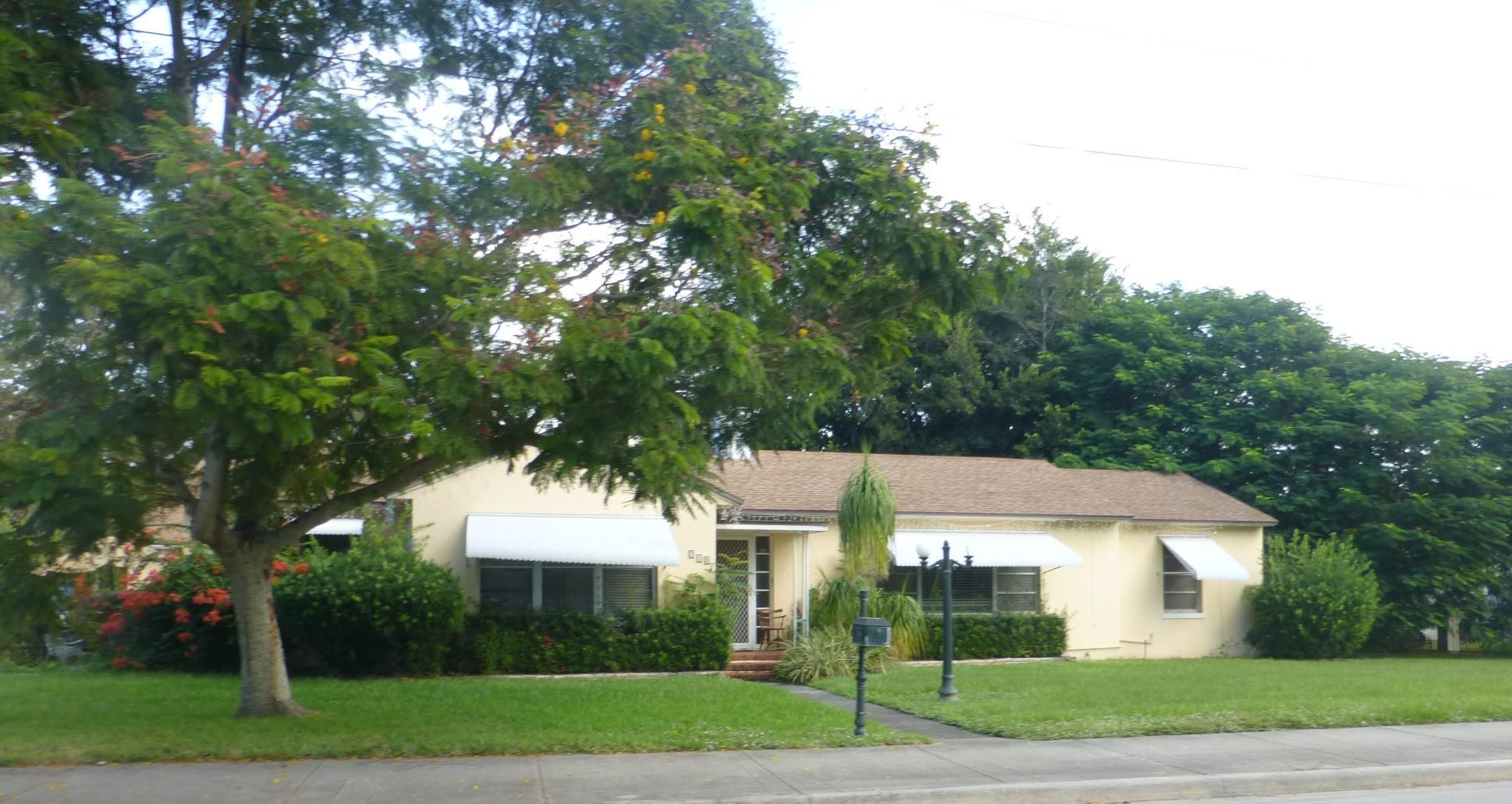 718 Georgia Avenue, Fort Pierce, FL 34950