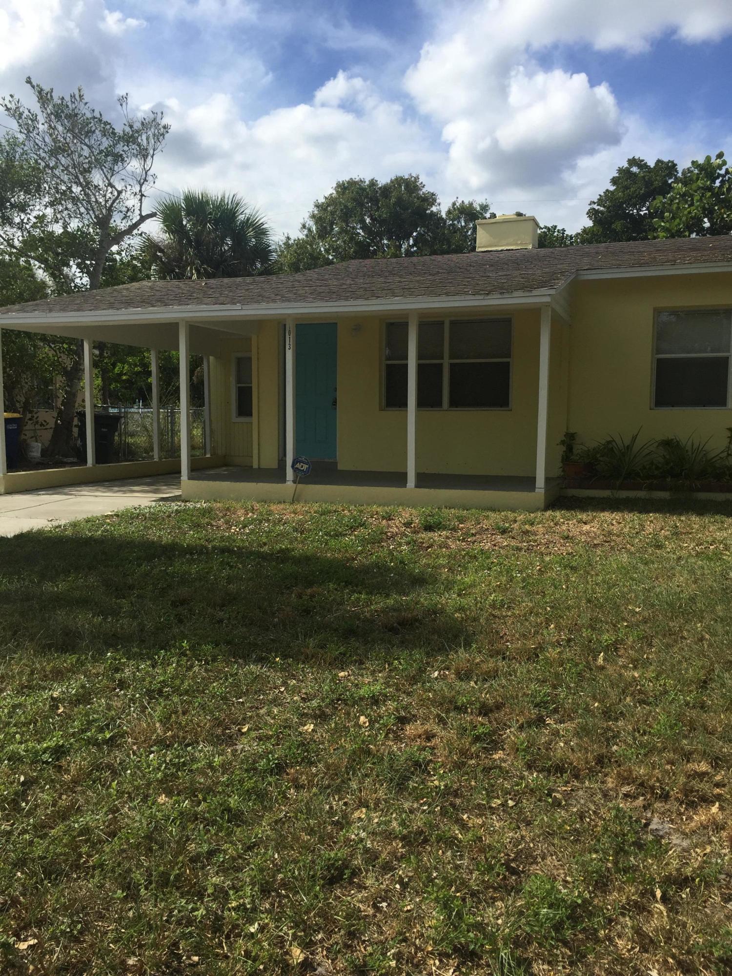 1013 Mayflower Road, Fort Pierce, FL 34950