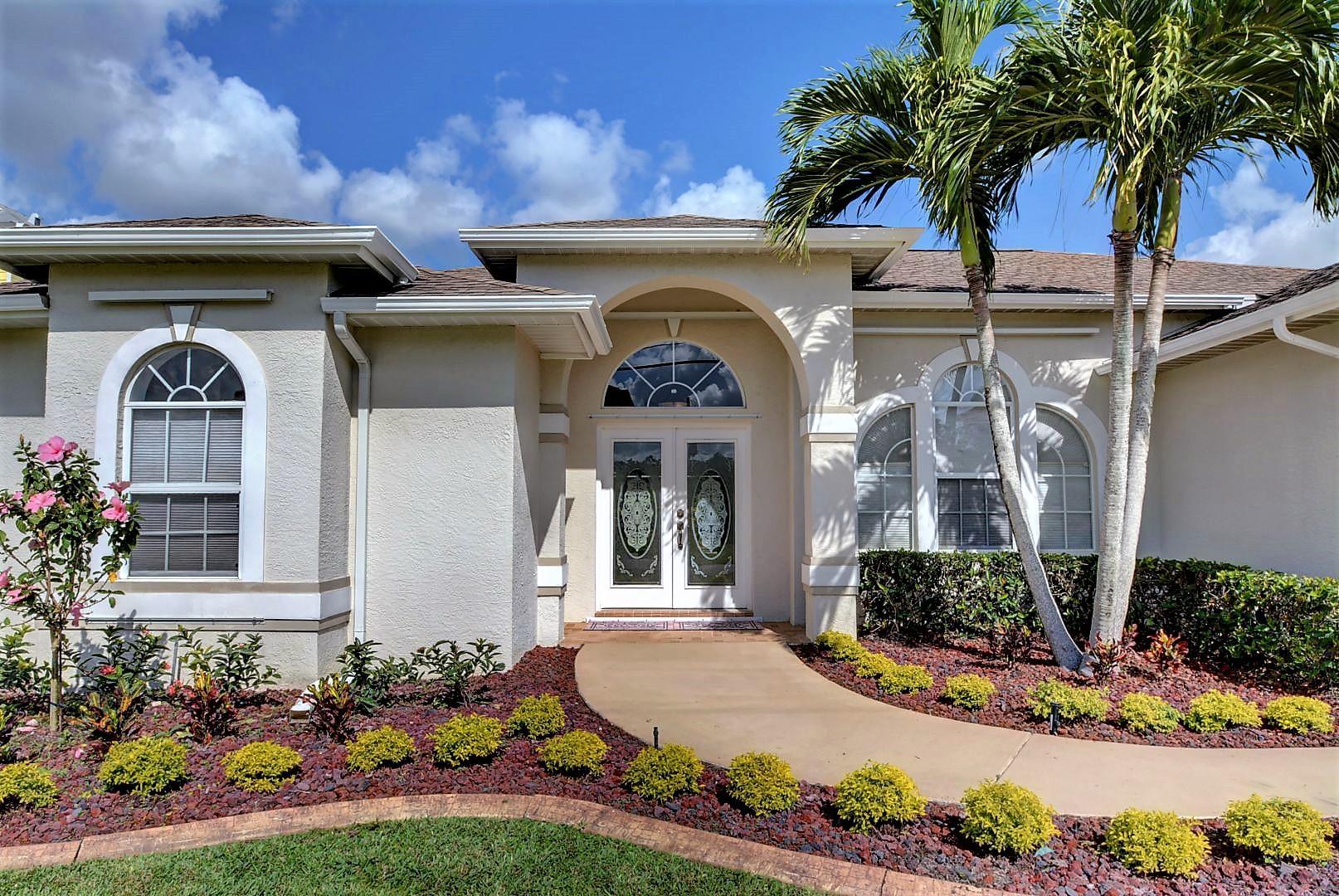 6017 Nw Winfield Drive, Port Saint Lucie, FL 34986