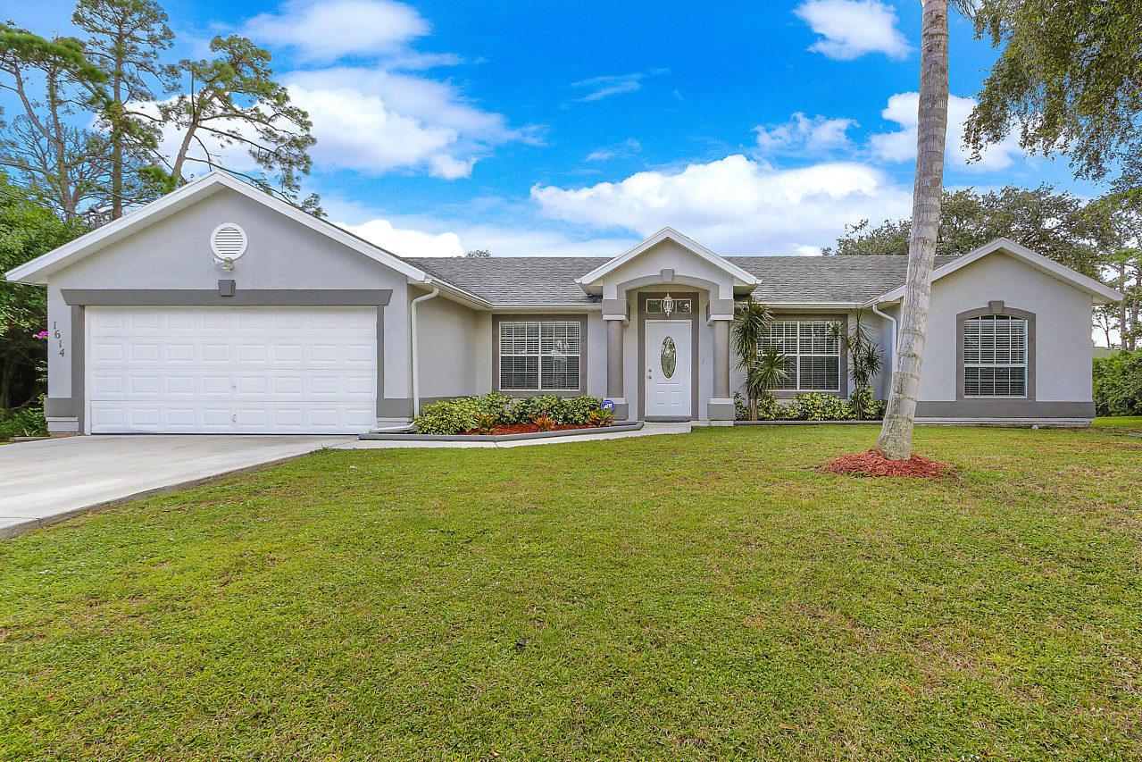 1614 Sw Bascom Avenue, Port Saint Lucie, FL 34953