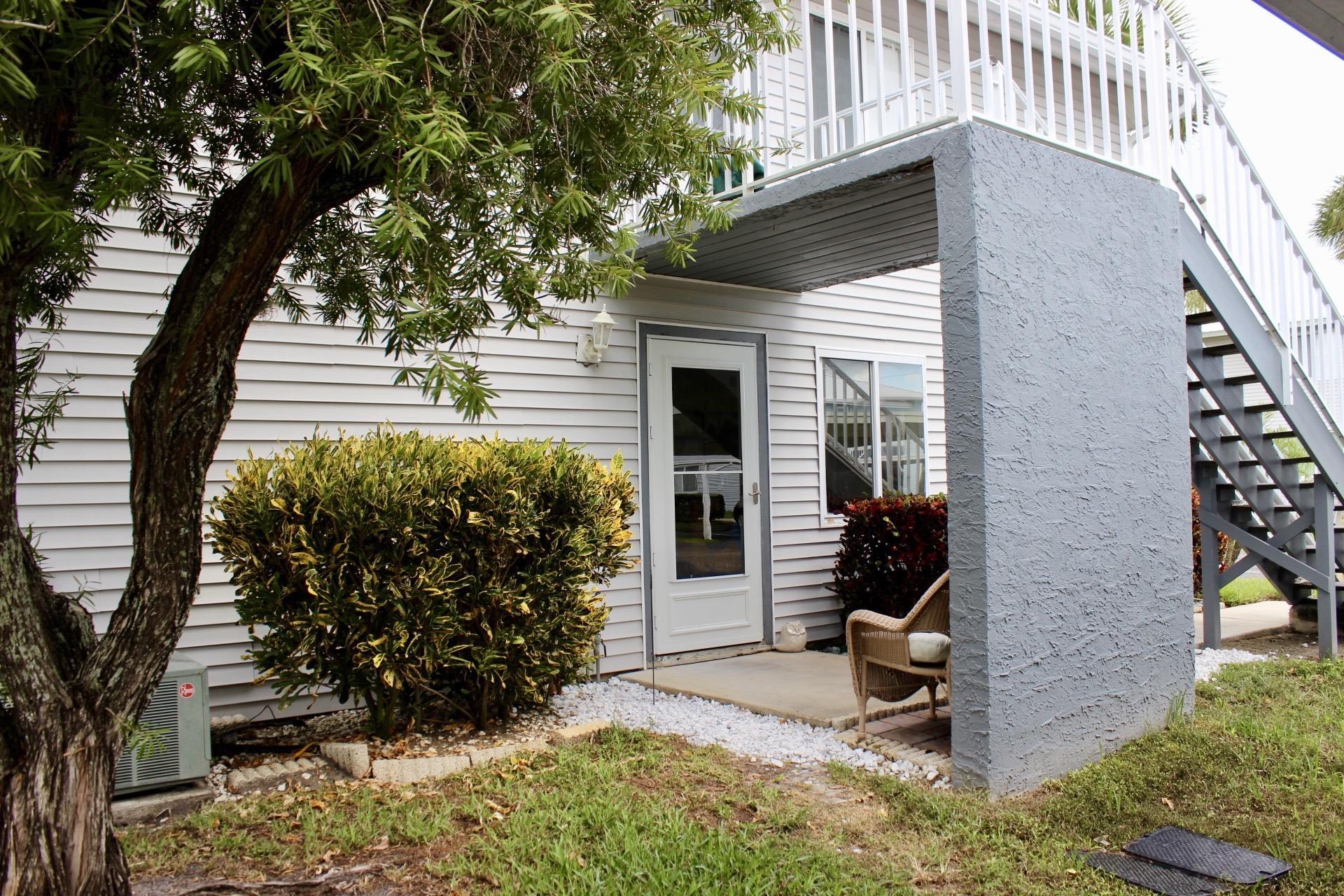 146 Se Village Drive, Port Saint Lucie, FL 34952