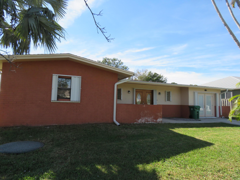 950 Se Belfast Avenue, Port Saint Lucie, FL 34983