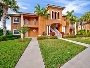 8282 Mulligan Circle, Port Saint Lucie, FL 34986
