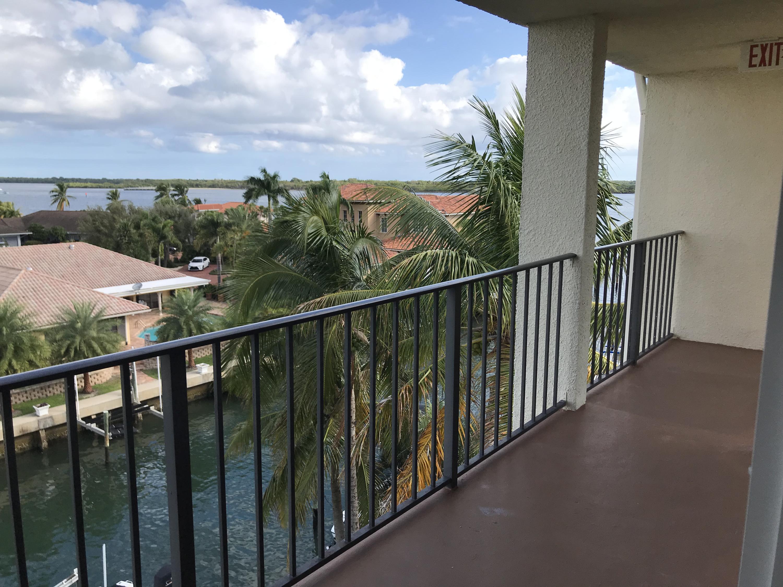 109 Paradise Harbour Boulevard, North Palm Beach, FL 33408