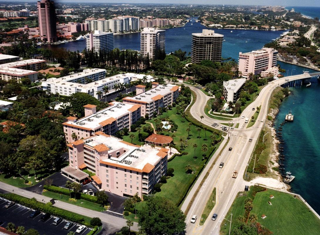 1099 S Ocean Blvd, Boca Raton, FL 33432
