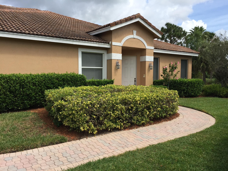 8320 Riviera Way, Port Saint Lucie, FL 34986