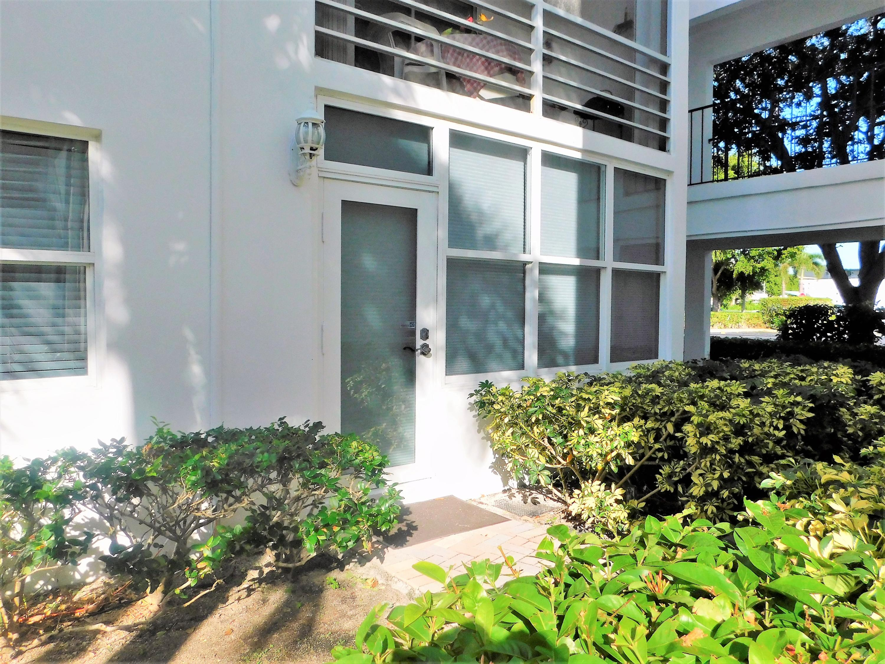 1501 S Ocean Boulevard, Lauderdale By The Sea, FL 33062