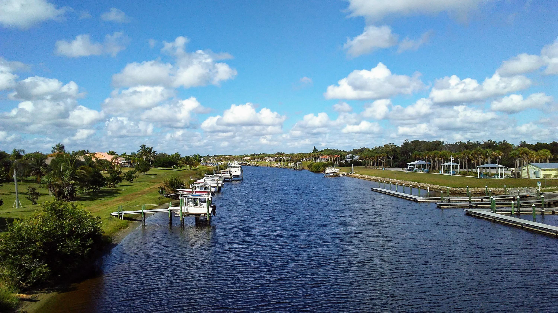2989 Se South Lookout Boulevard, Port Saint Lucie, FL 34984