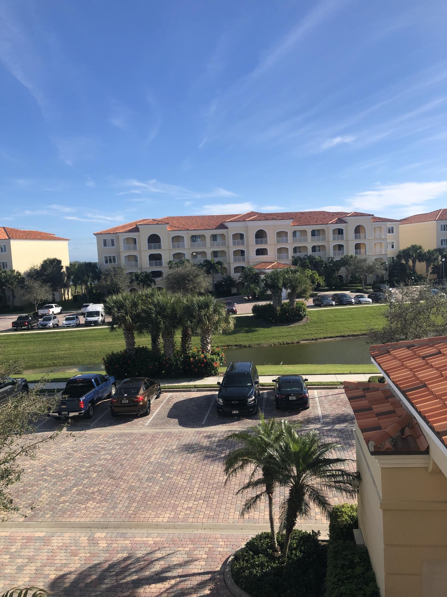 16 W Harbour Isle Drive, Fort Pierce, FL 34949