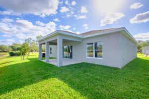 5247 Oakland Lake Circle, Fort Pierce, FL 34951