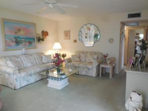 17 Kent B, West Palm Beach, FL 33417
