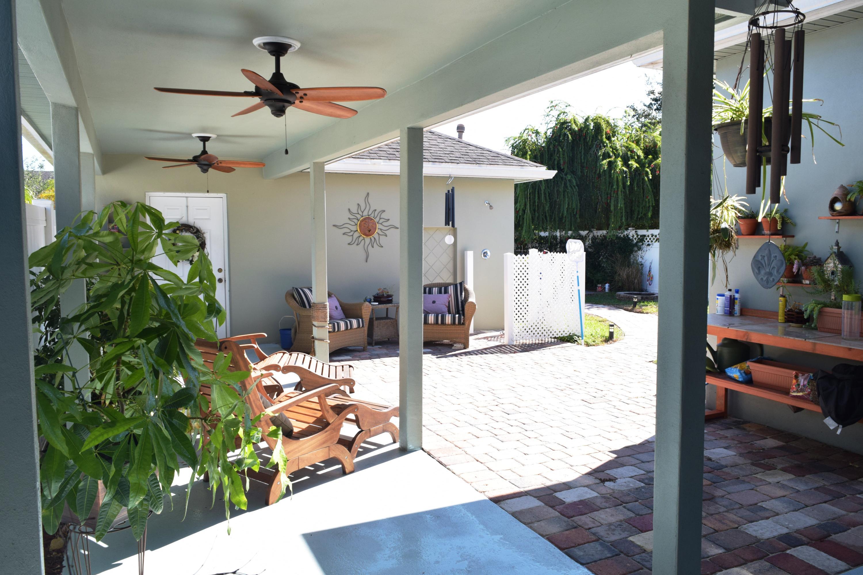 10744 Sw Westlawn Boulevard, Port Saint Lucie, FL 34987