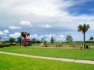 569 Nw Waverly Circle, Port Saint Lucie, FL 34983