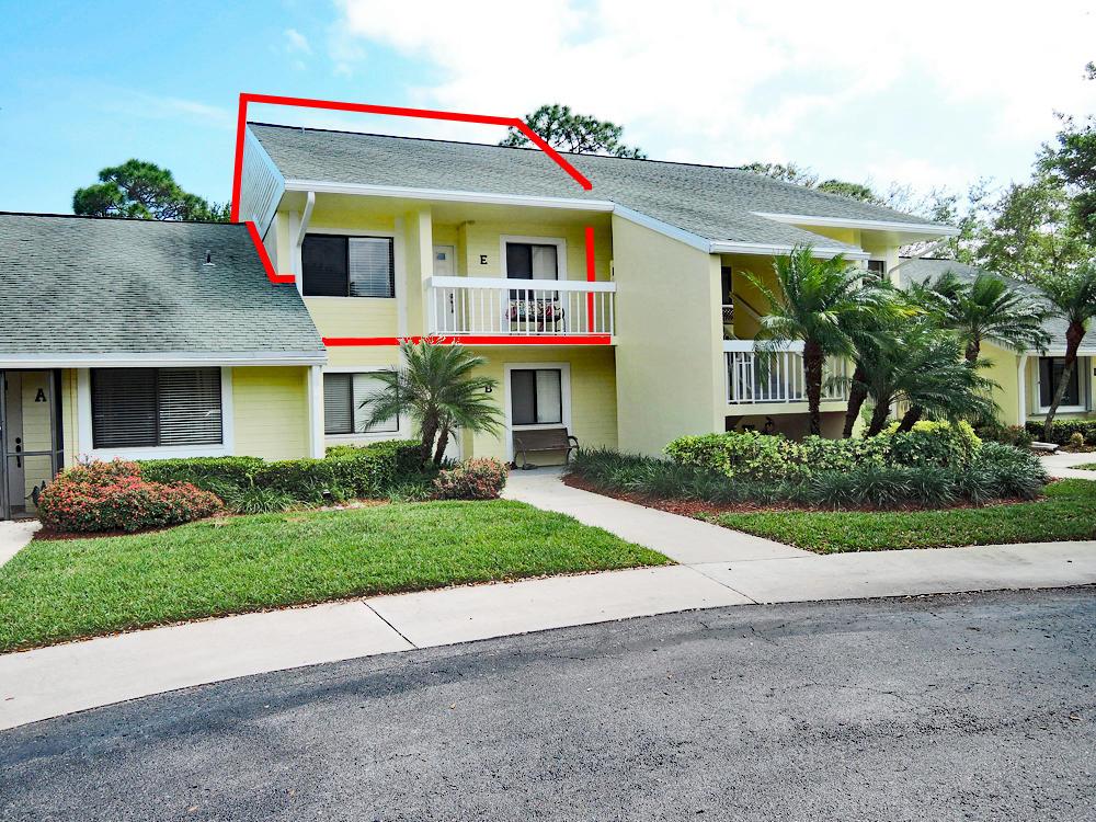 4260 Gator Trace Avenue, Fort Pierce, FL 34982