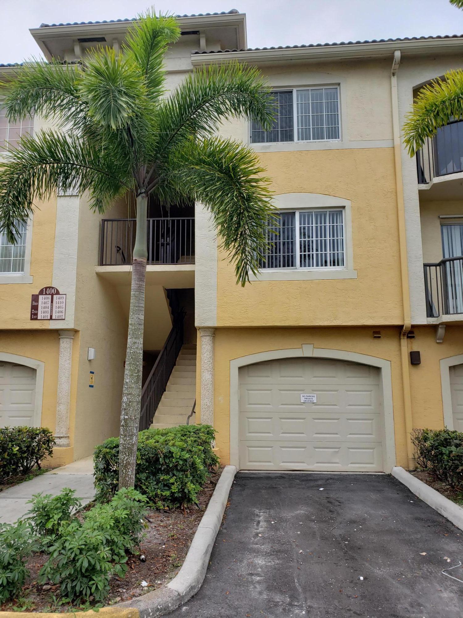 1400 Crestwood Court S, Royal Palm Beach, FL 33411
