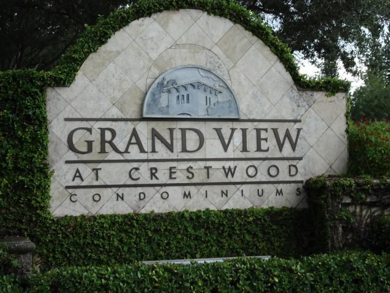 1100 Crestwood Court S, Royal Palm Beach, FL 33411