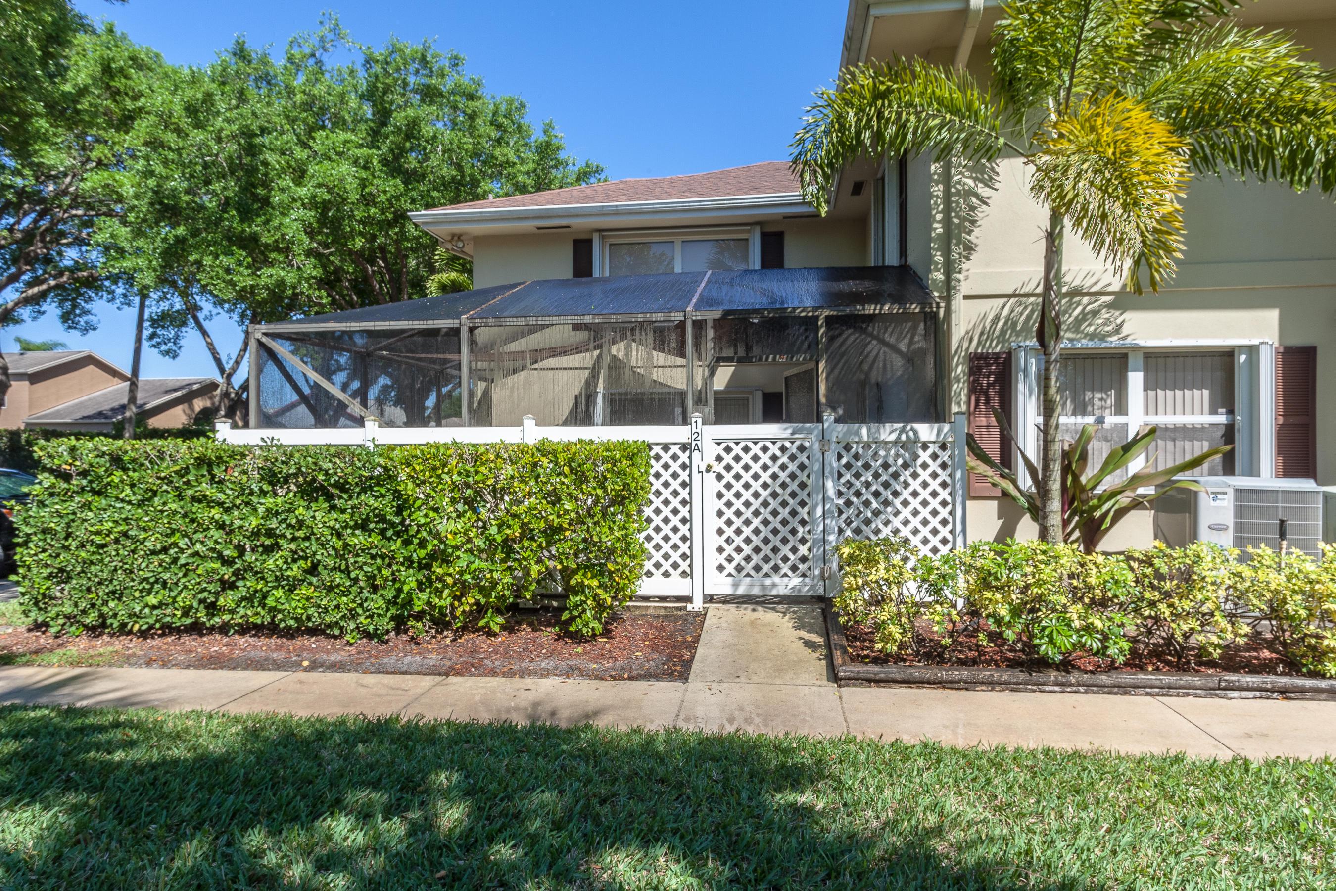 12 Amherst Court, Royal Palm Beach, FL 33411