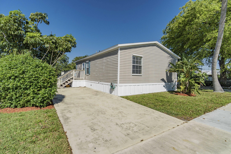 4057 Cardinal Road, Boynton Beach, FL 33436
