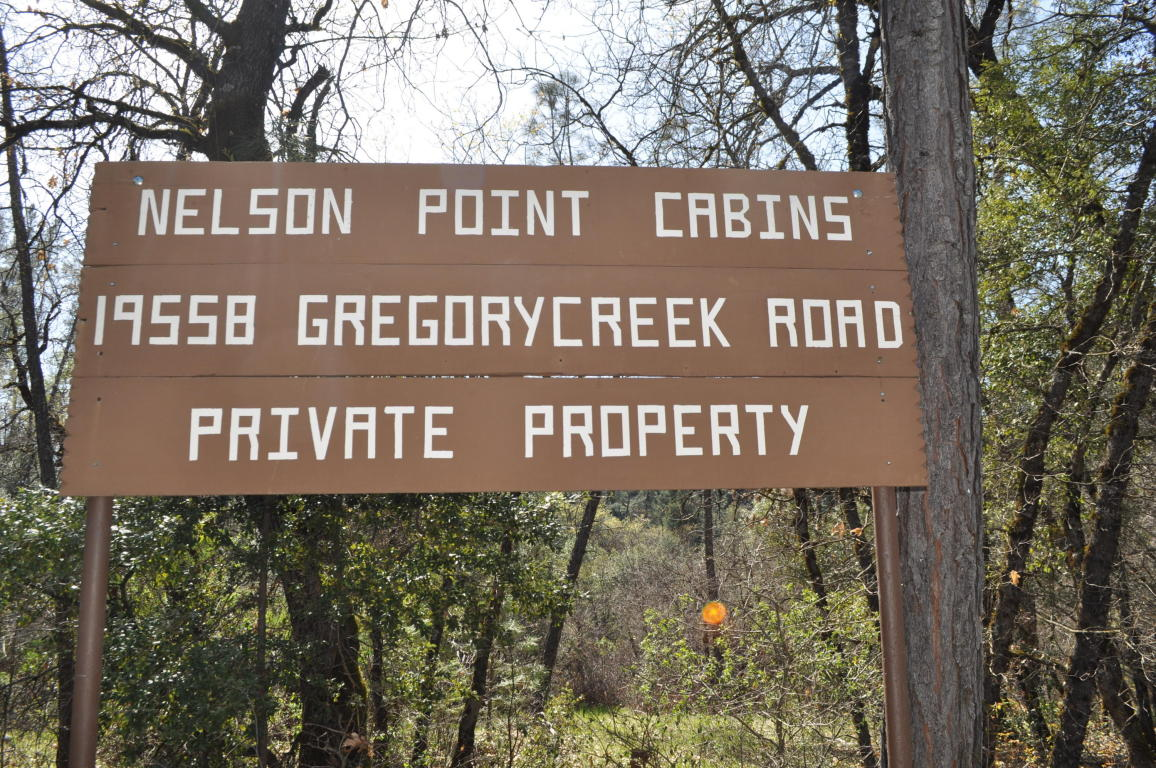 19558 Gregory Creek Rd, Lakehead, CA 96051