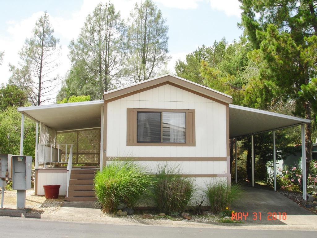1070 Shawnee Trl, Redding, CA 96003