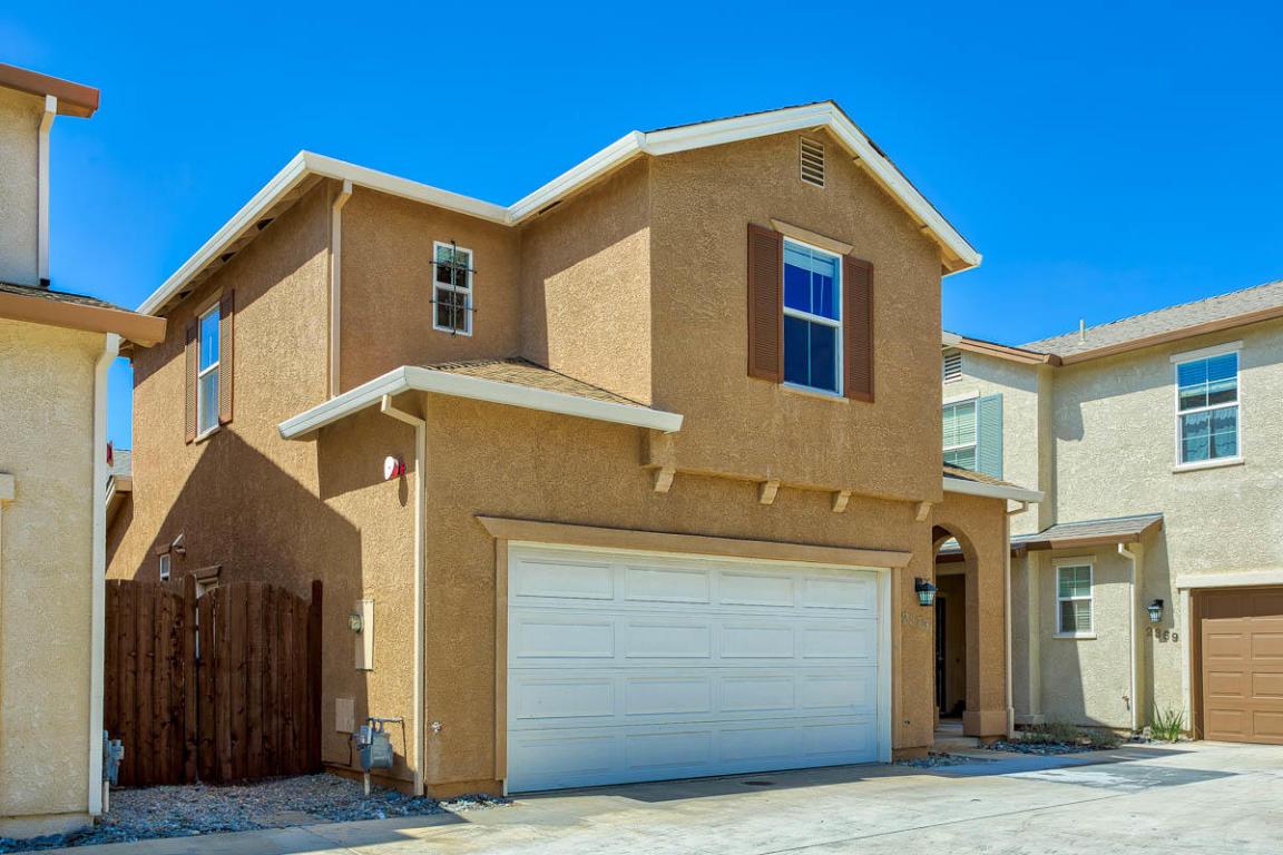 2373 La Villa Way, Redding, CA 96003