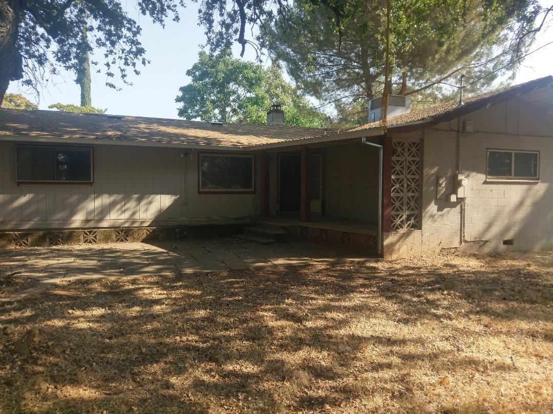 6635 Mountain View Dr., Anderson, CA 96007