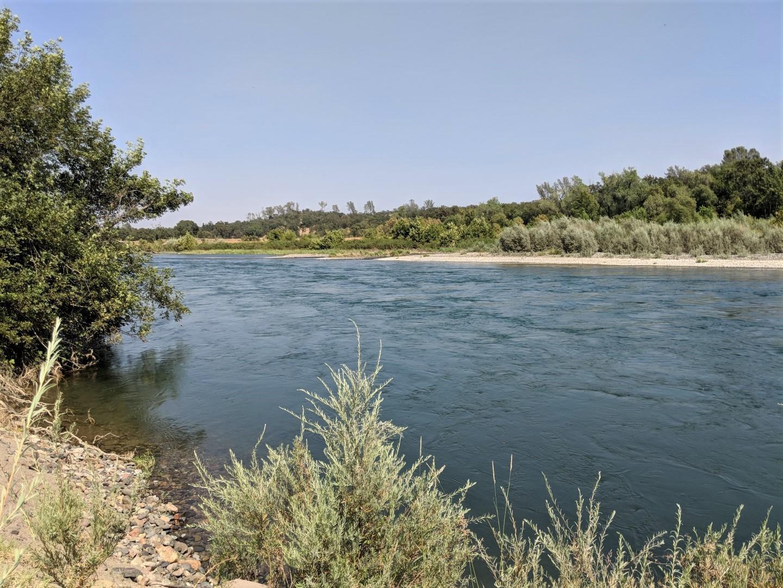 15260 China Rapids Dr, Red Bluff, CA 96080