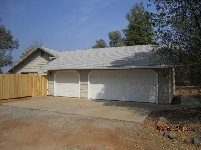 17010 Palm Ave, Anderson, CA 96007