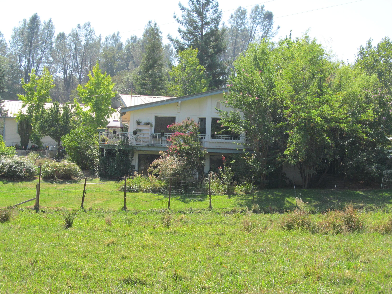 11379 Rainbow Lake Rd, Igo, CA 96047