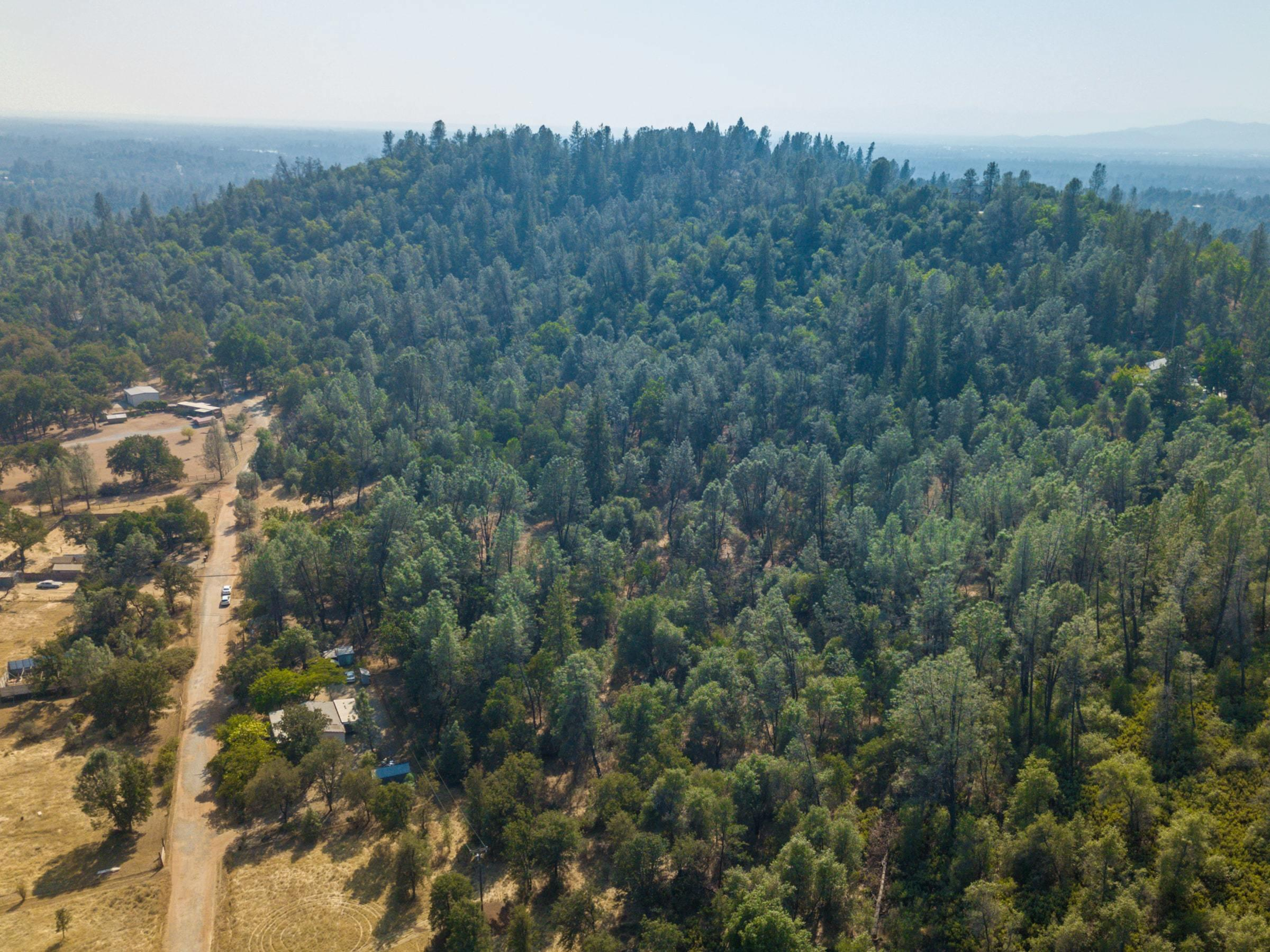 13630 Echo Hill Rd, Redding, CA 96003