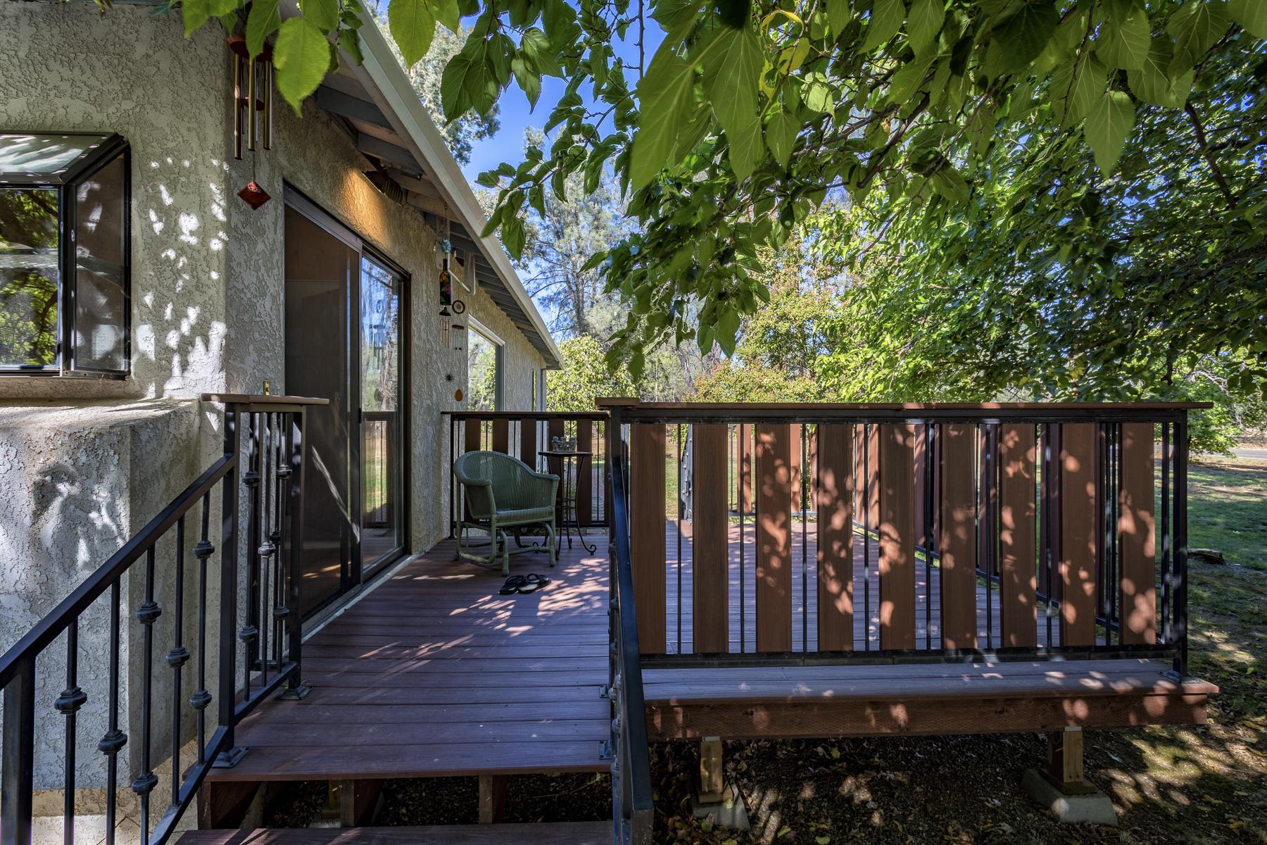 5850 Oak St, Anderson, CA 96007