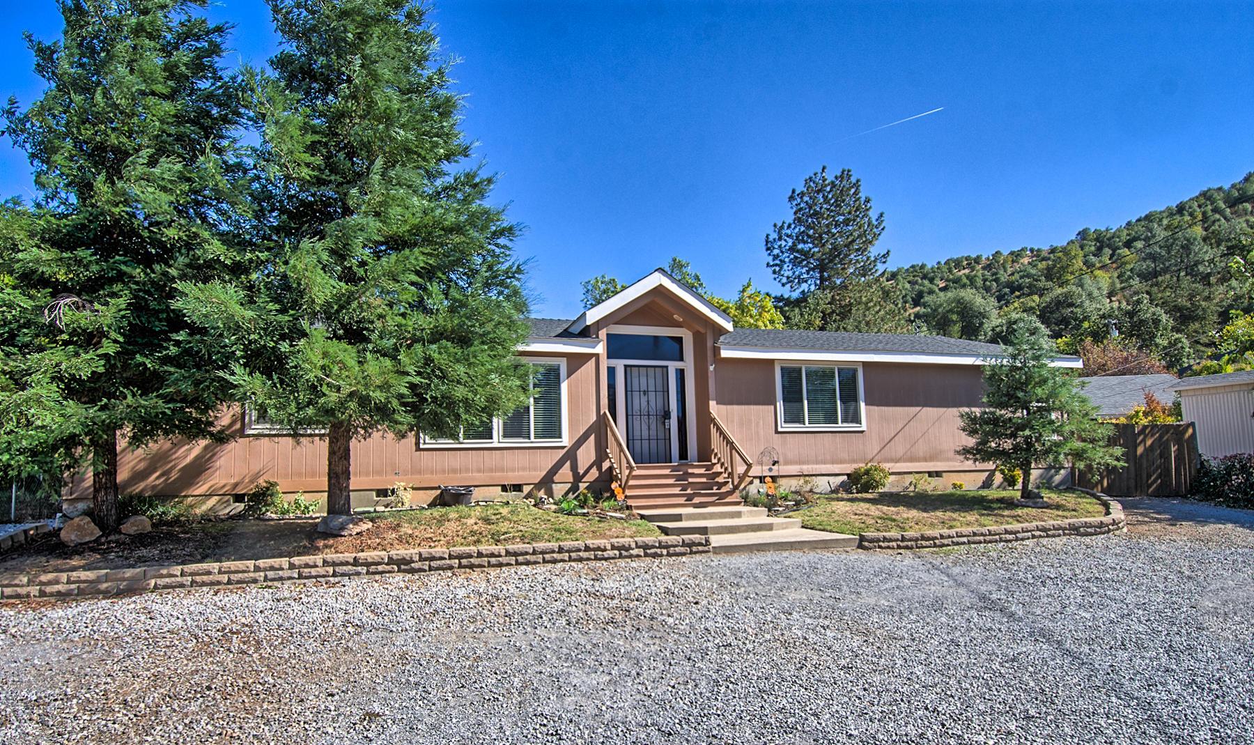 14867 Ravine Rd, Redding, CA 96003