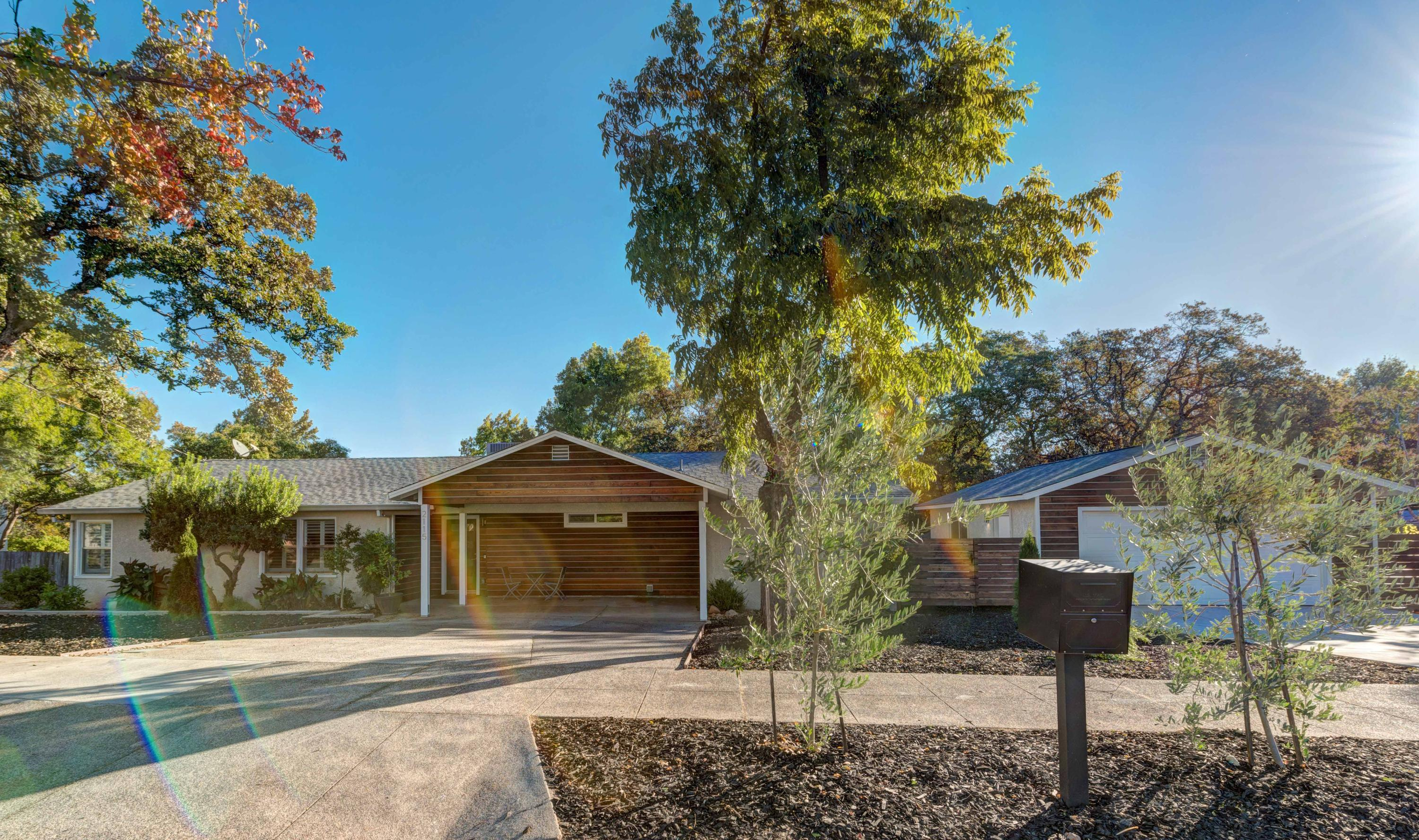 2115 Olive Ave, Redding, CA 96001