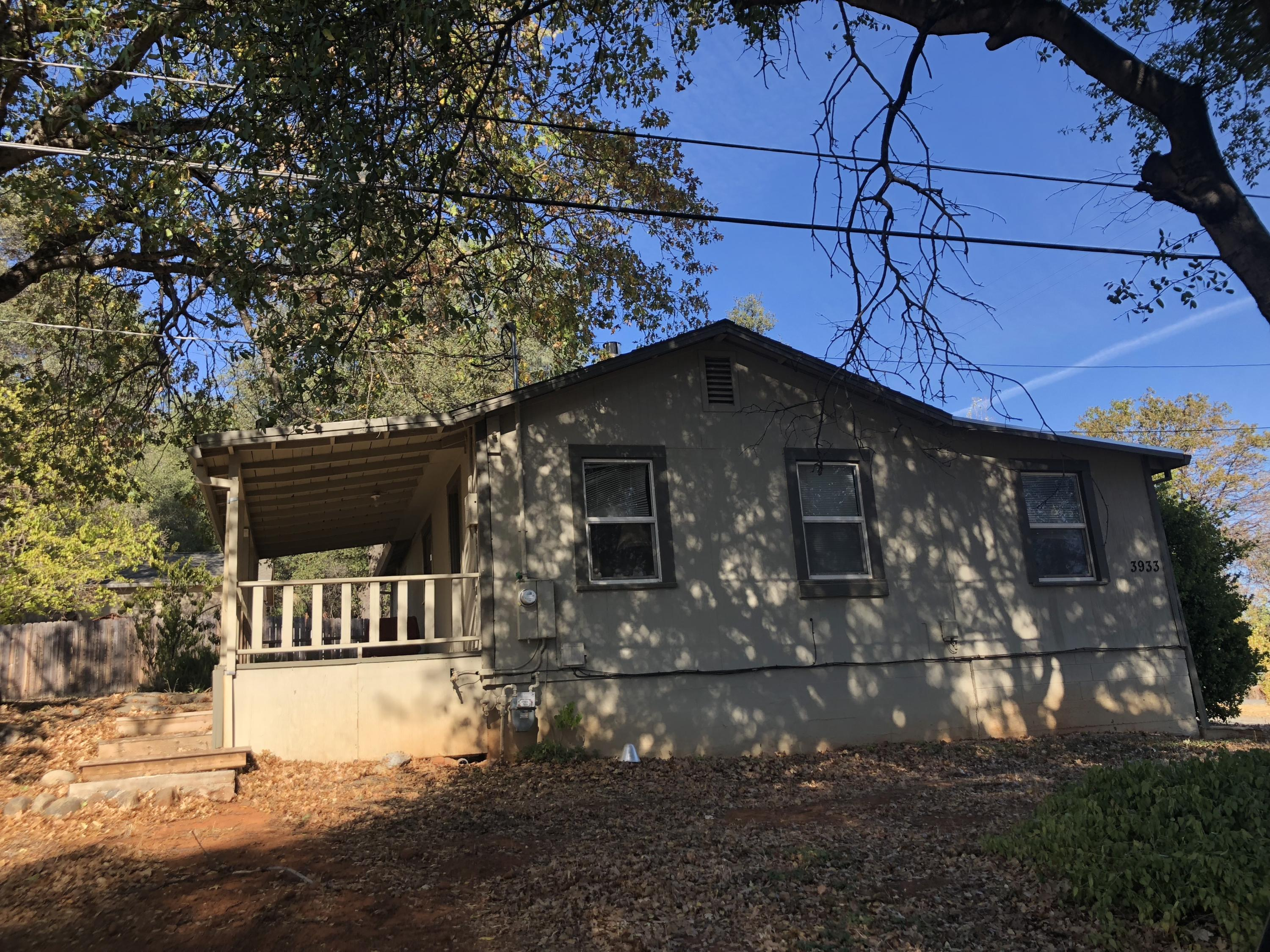 3933 Willow St, Shasta Lake, CA 96019