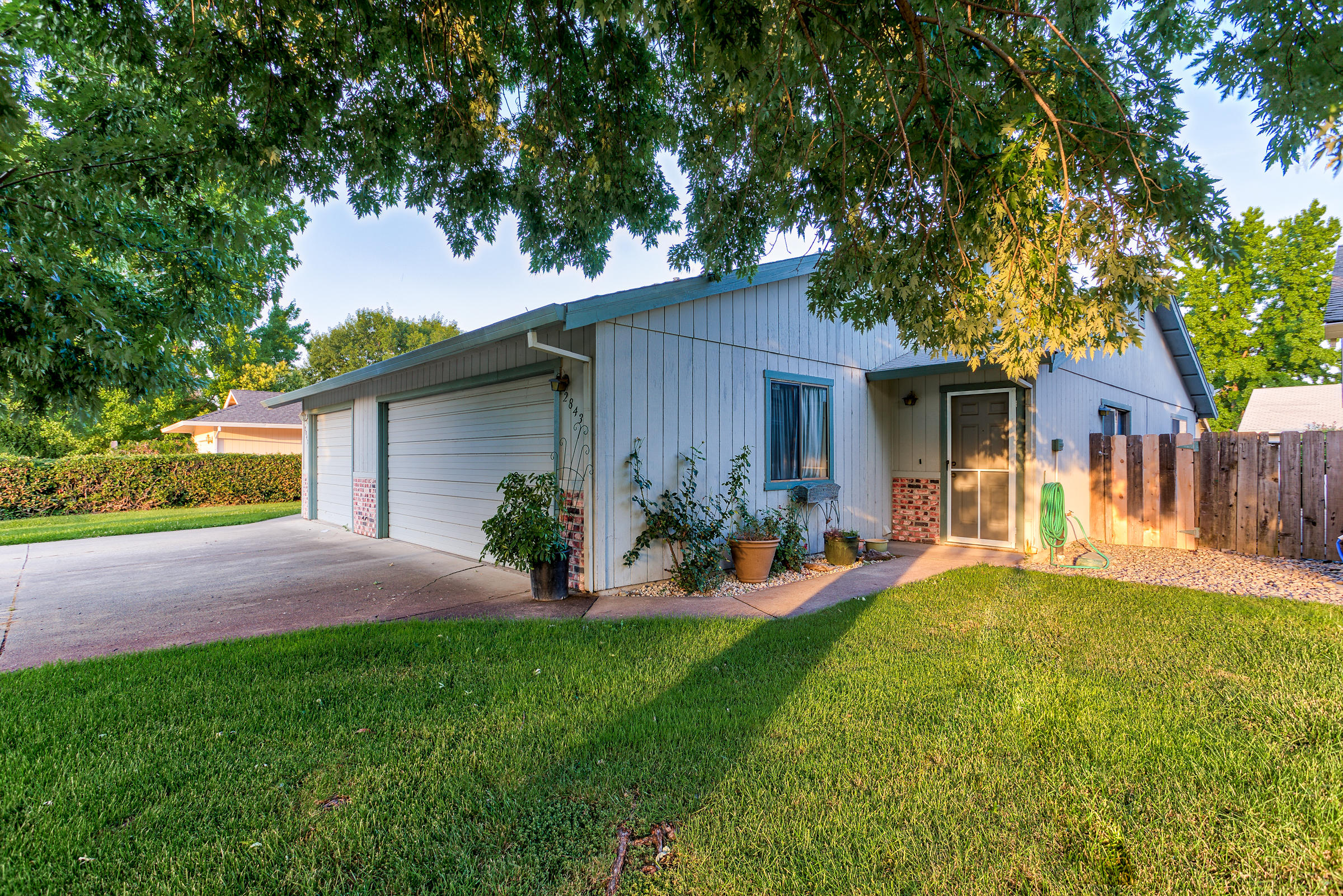 2843 Red Bud Ln, Anderson, CA 96007