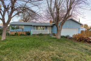 2687 Kenco Ave, Redding, CA 96002