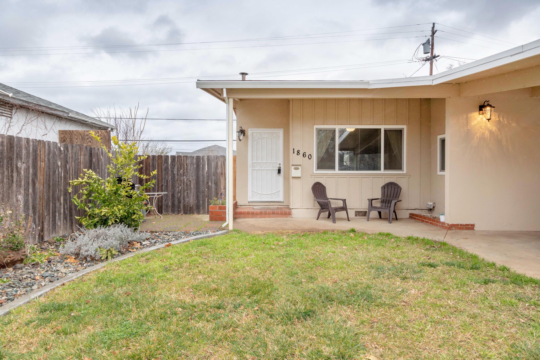 1860 Pinon Ave, Anderson, CA 96007